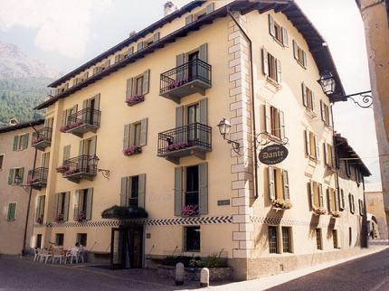 Meubl dante bormio for Hotel meuble della contea bormio